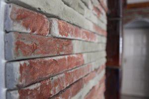 Fali kőburkolat